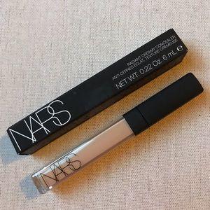 Nars- Radiant Creamy Concealer